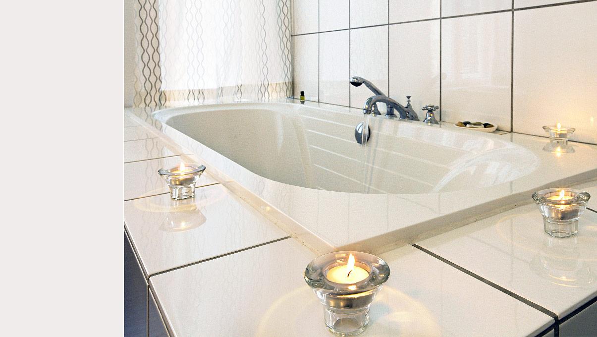 badewanne-mit-teelichtern