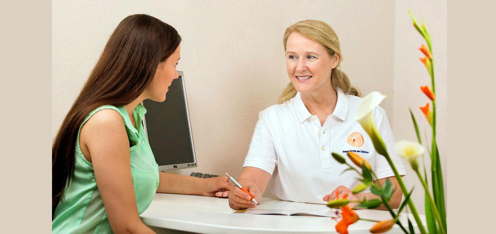 frauenarztpraxis-besprechung