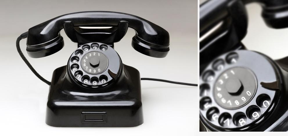 altes-telefon-mit-waehlscheibe
