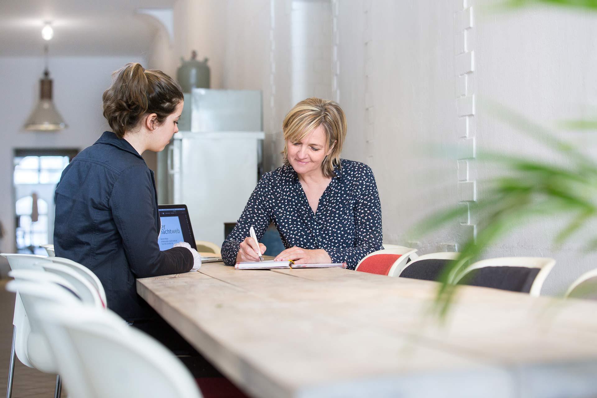 businessfotografie-berlin-fotos-fuer-solounternehmer-selbstaendige