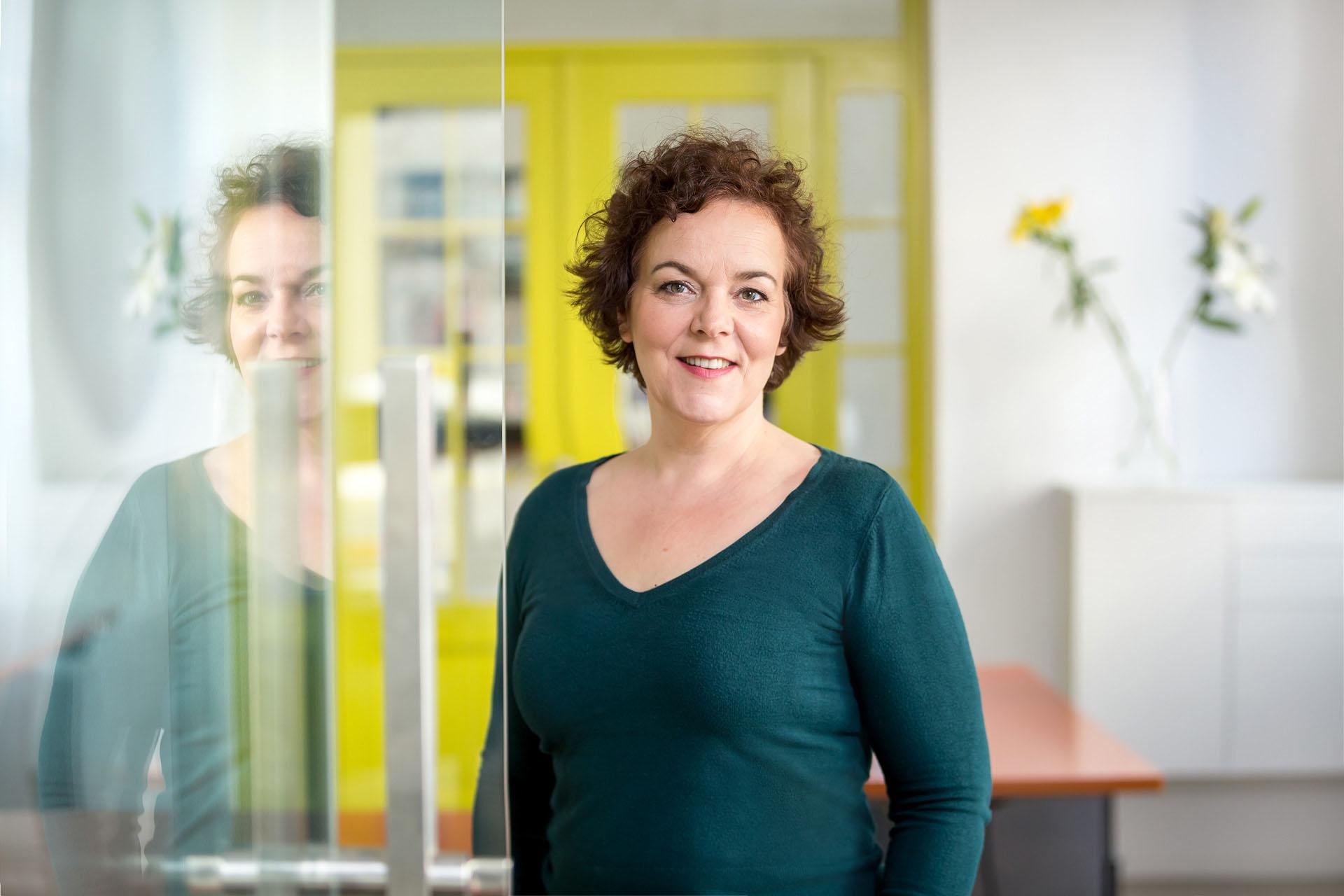 Personal Branding Fotos -Businessfrau im Coworking