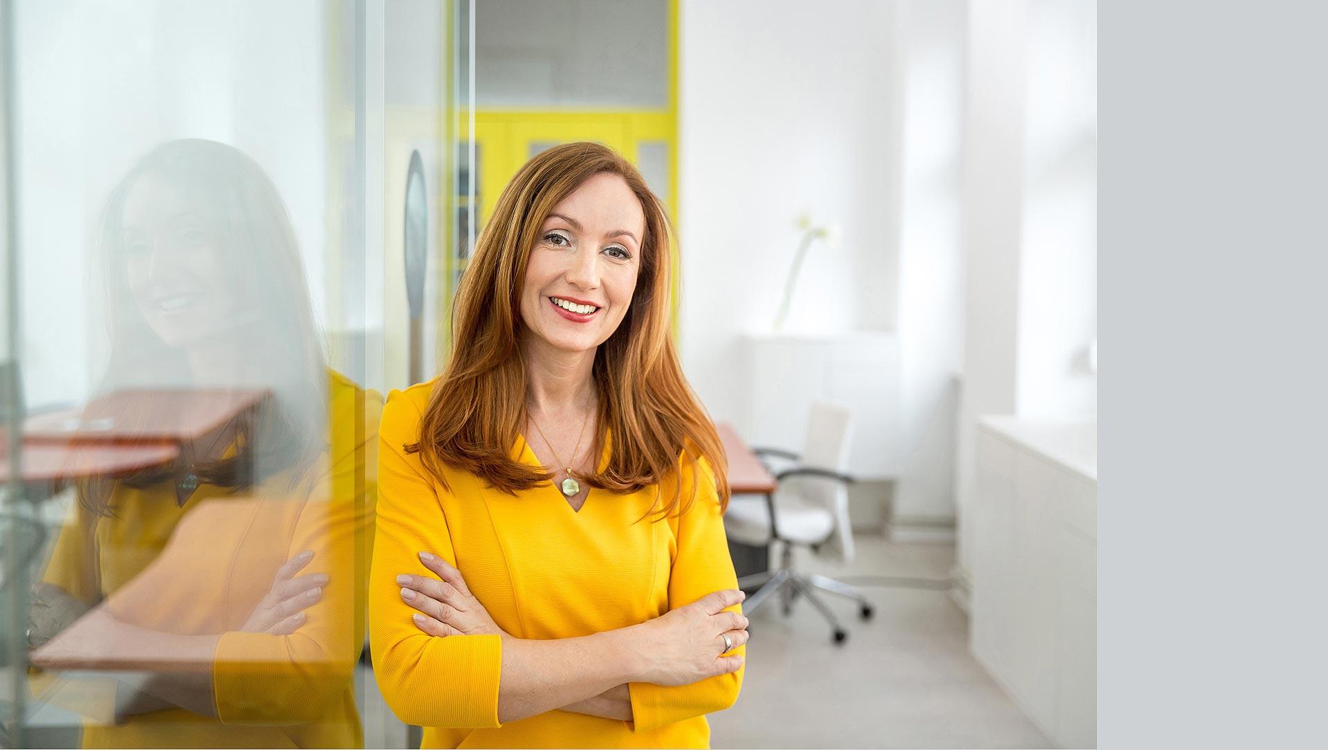 businessportrait-berlin-consultant-female-leader