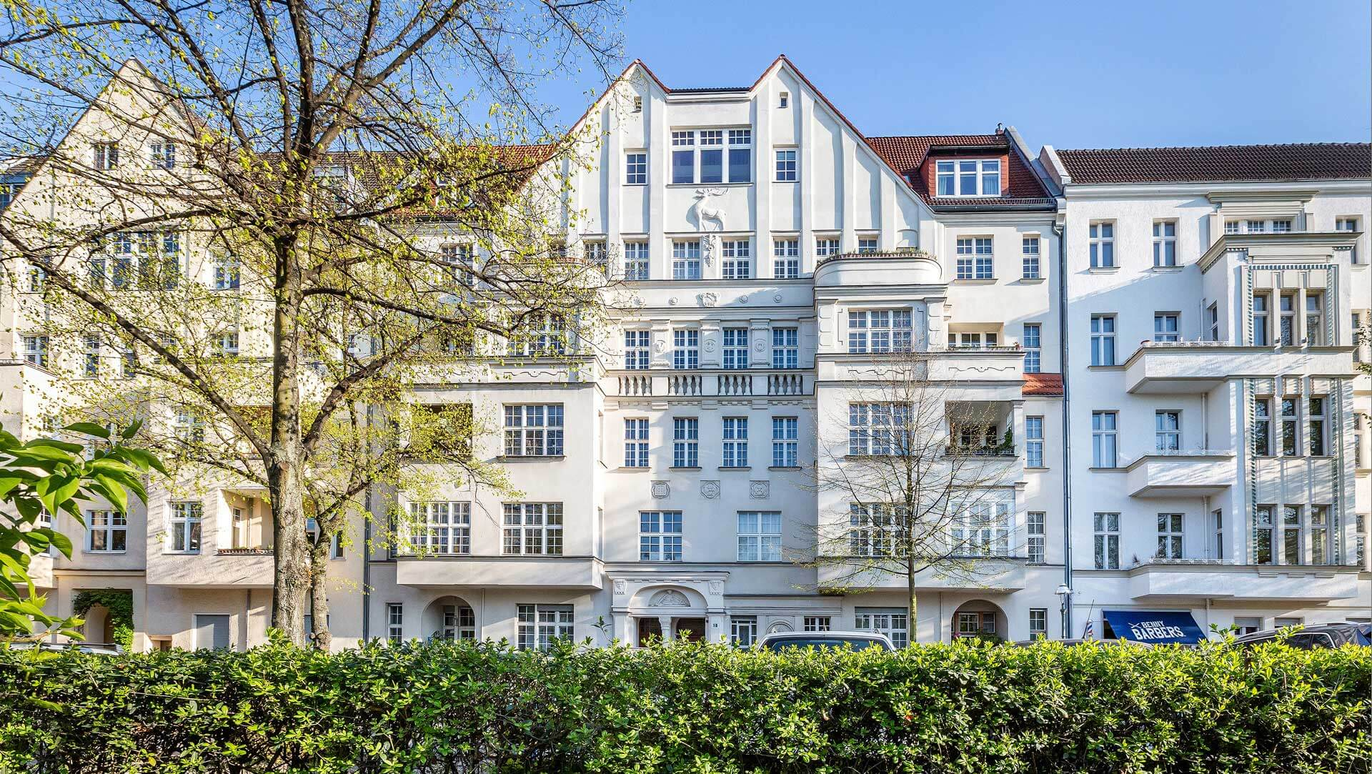 architekturfotografie-berlin-hausfassade-altbau-immobilienfoto